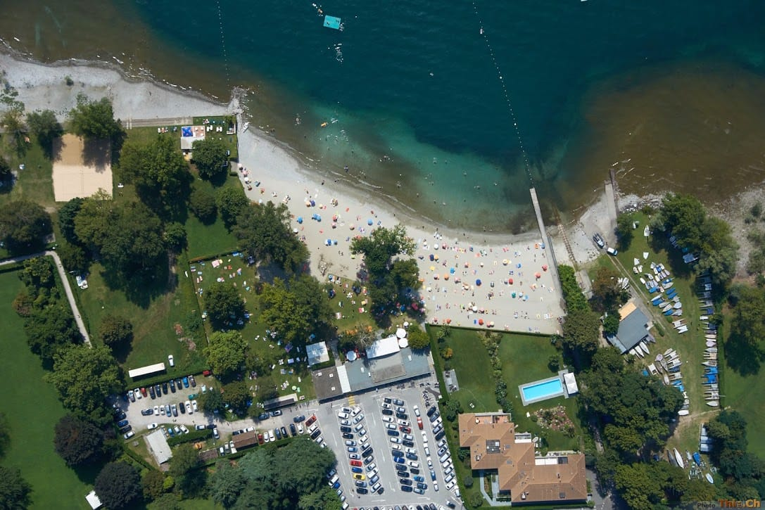 Flying over the Lido Ascona