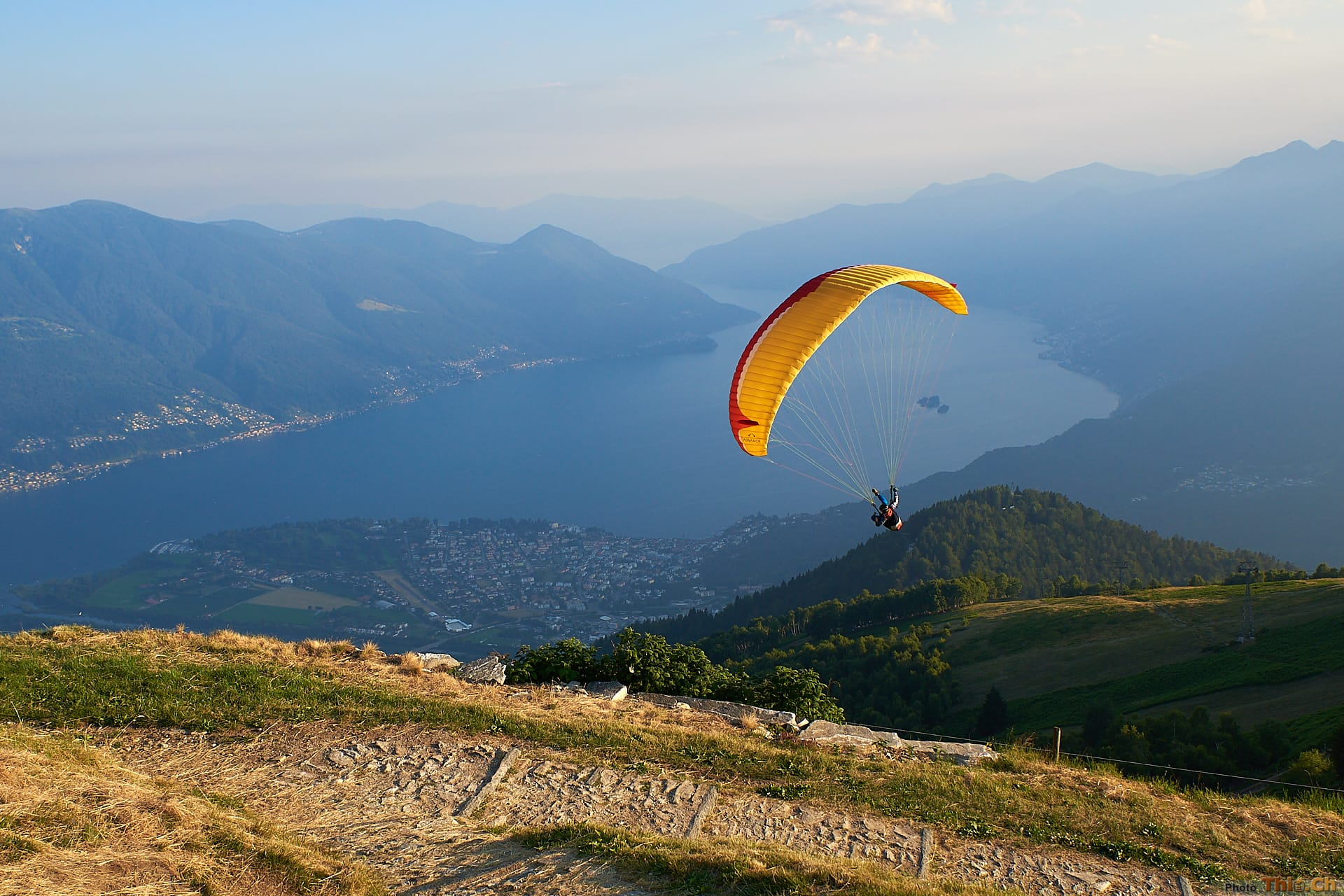 Late afternoon flights with a paraglider
